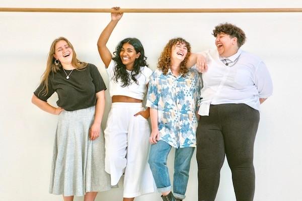 sisterhood avontuurlijke vrouwen